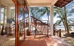 Отель Coco Palm Beach Resort & Spa на Фукуоке