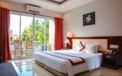 Номера отеля Hoa Binh Hotel 4* на Фукуоке