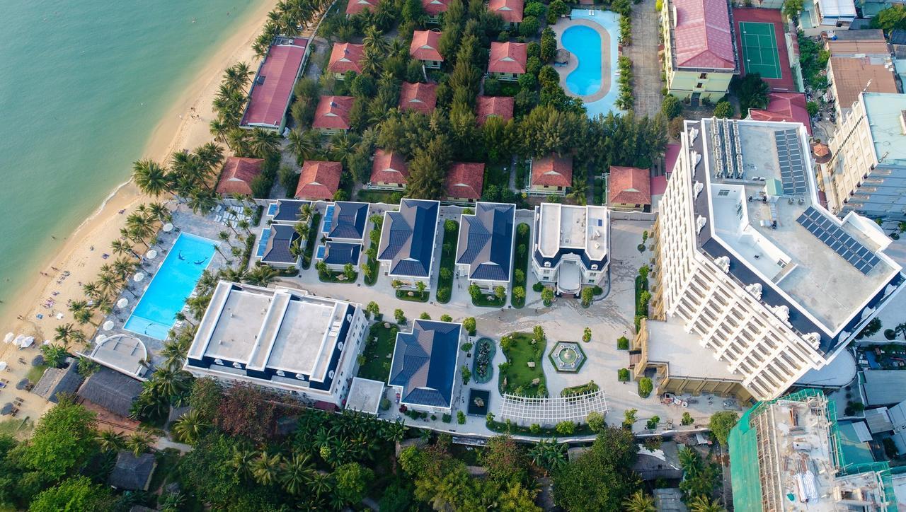 Отель Thien Thanh Resort 5* на Фукуоке на 1 линии