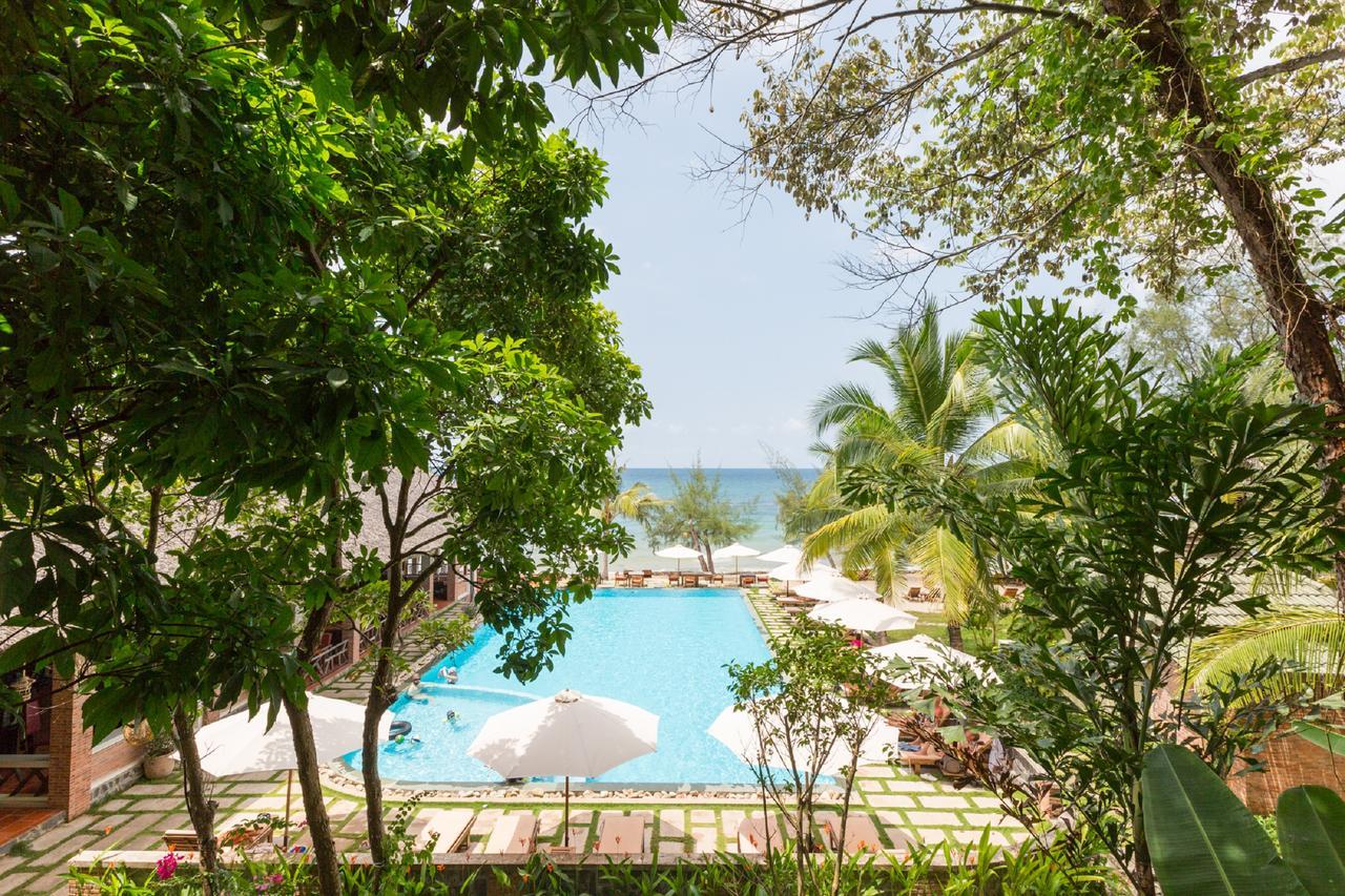 Отель Ancarine Beach Resort 3* с собственным пляжем на Фукуоке