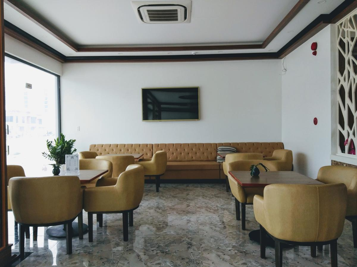Лобби отеля Diamond Hotel 3* на Фукуоке