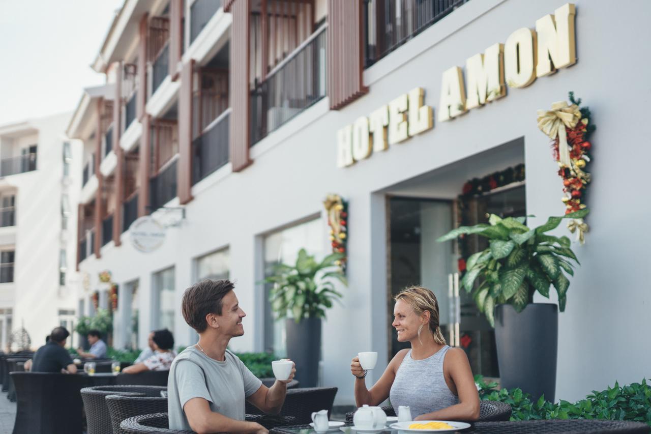 Завтраки в отеле Amon Beach Hotel