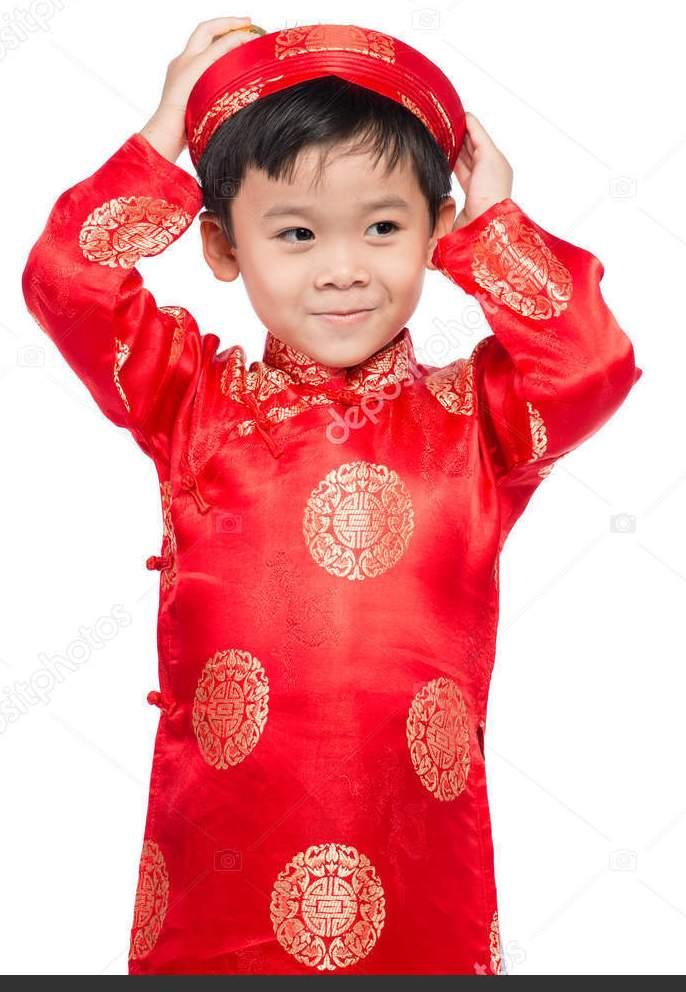 Детские традиционные вьетнамские костюмы: что привести из Вьетнама