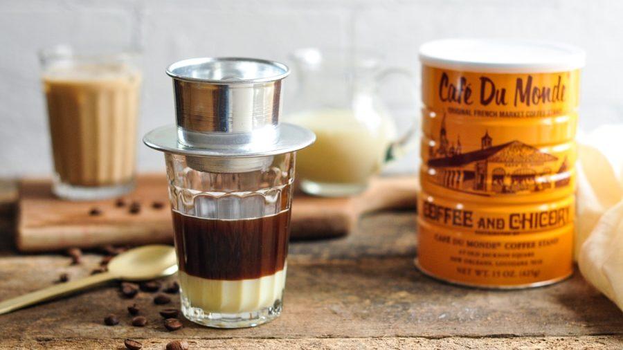 Вьетнамский кофе со сгущенкой из заварочного стаканчика
