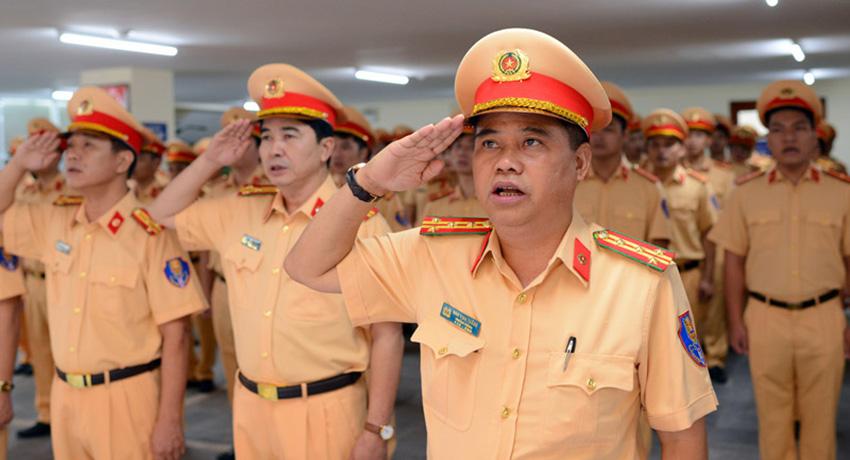 Вьетнамские полицейские